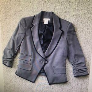 NWOT LaRok S gray cut away jacket black trim